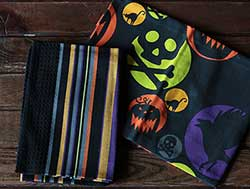 Spooktacular Dishtowels (Set of 2)