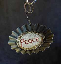 Tart Tin Stitchery Ornament - Peace