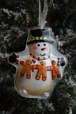 Home Christmas Ornament - Snowman with Gingerbread Garland