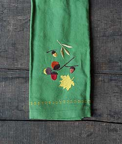 Acorn Embroidered Guest Towel - Leaf Green