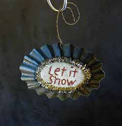 Tart Tin Stitchery Ornament - Let it Snow