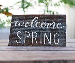 Welcome Spring Wood Sign