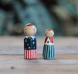 Patriotic Peg Doll Couple