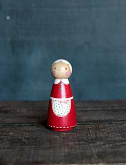 Mrs. Claus Peg Doll