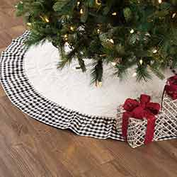 Emmie Black Ruffled 55 inch Tree Skirt