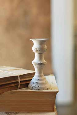 White Alette Candle Holder - 5.5 inch
