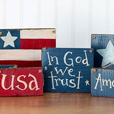 Patriotic Signs & Shelf Sitters