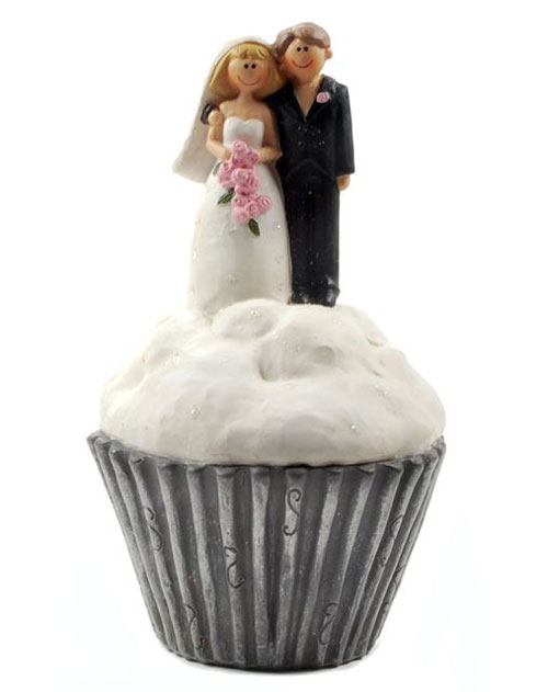 Bride and Groom on Cupcake, by Blossom Bucket