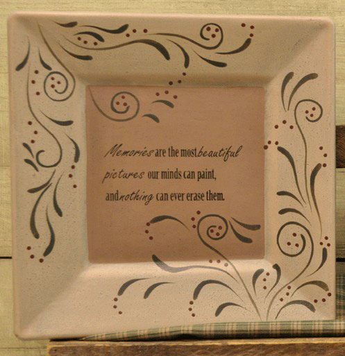 Memories Plate, by The Hearthside Collection