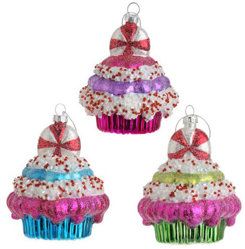 Cupcake Ornament, by Raz Imports