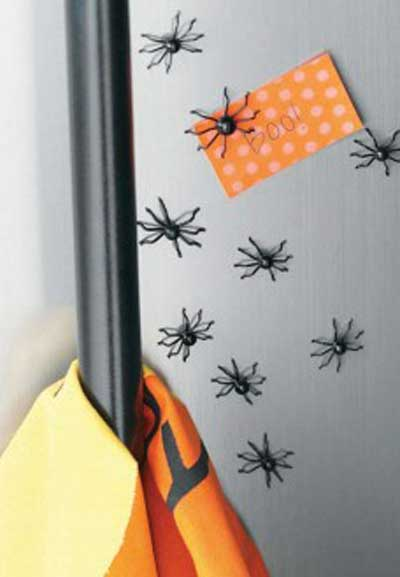 Magnetic Spider Scatters (set of 16), by Tag
