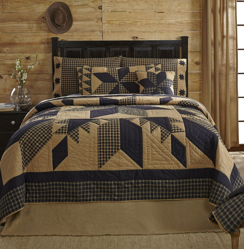 Dakota Star Quilt, by Ashton & Willow for VHC Brands (Victorian Heart)