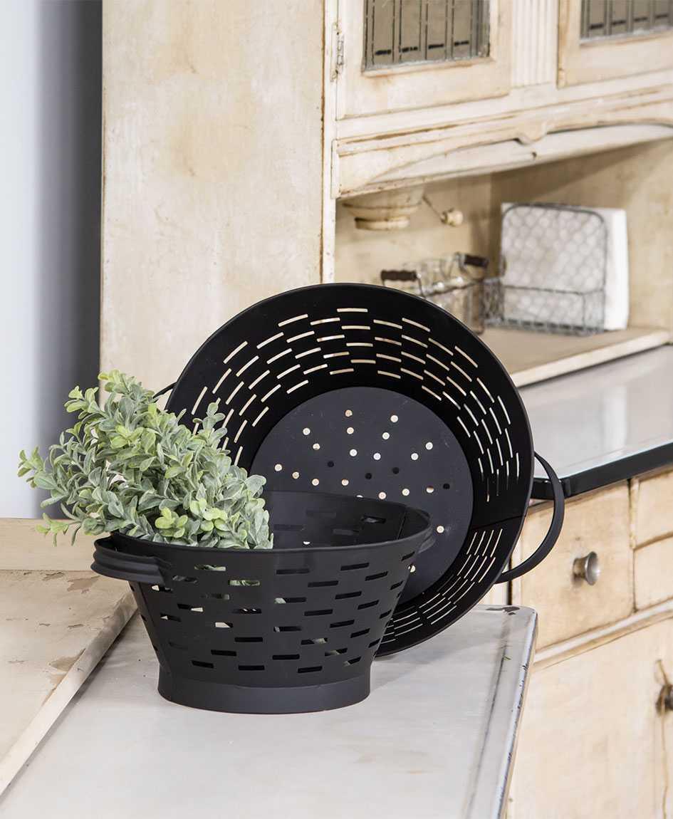 Black Olive Basket Colanders