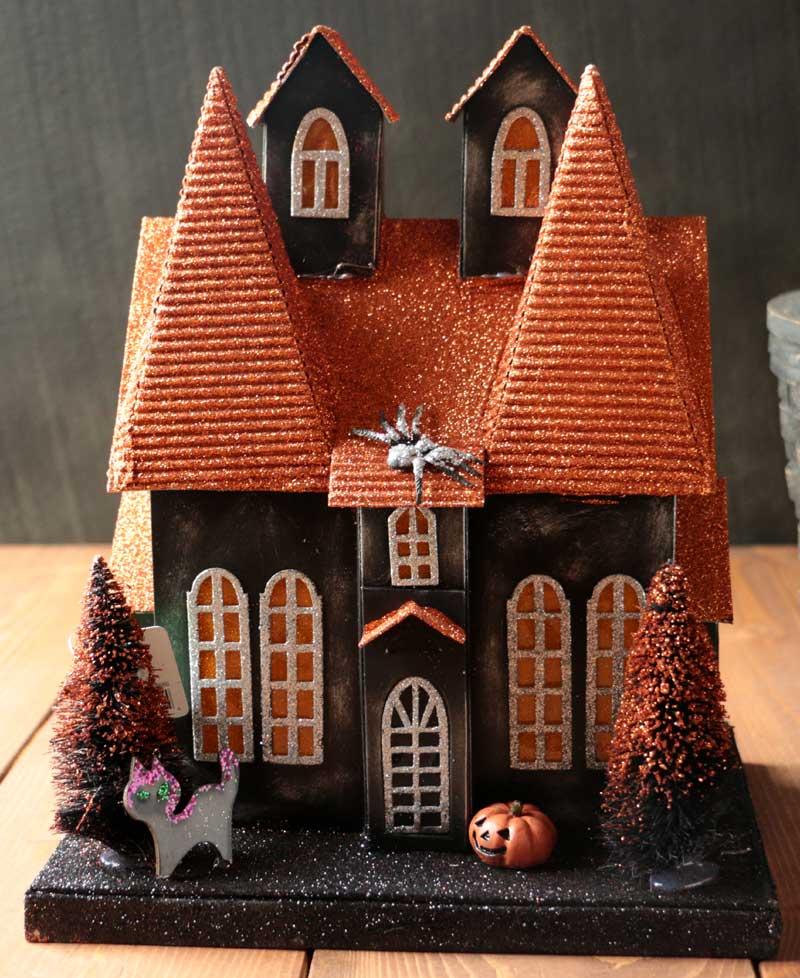 halloween lighted house with jack olantern by raz imports