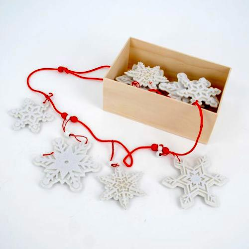 Snowflake Felt Garland, by One Hundred 80 Degrees.