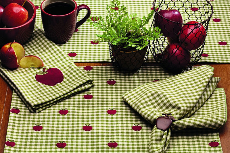 Apple Valley 54 inch Table Runner