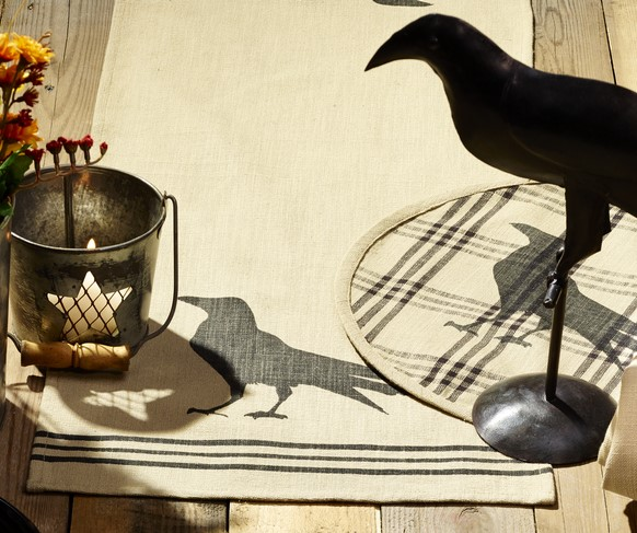Olde Crow 36 inch Table Runner