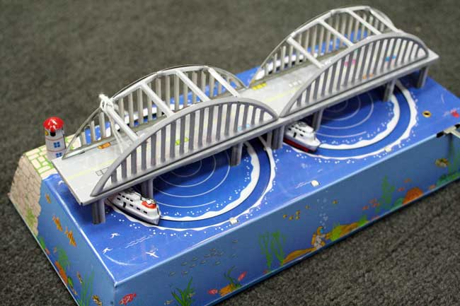 Wind Up Sea Boats