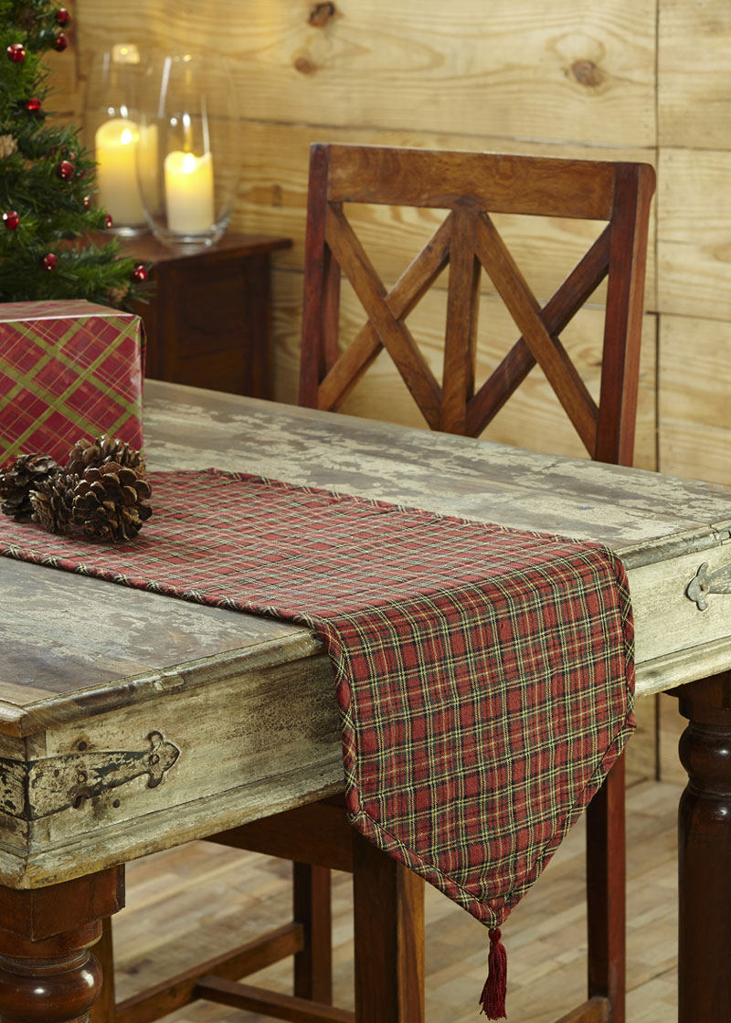Tartan Holiday Tablerunner, by Nancy's Nook.