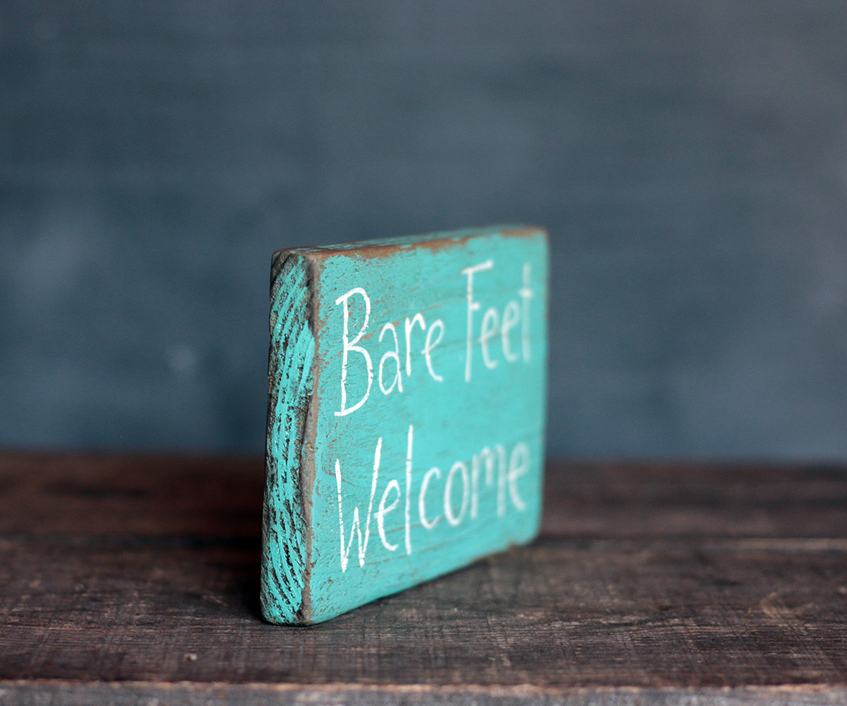 Bare Feet Welcome Sign By Our Backyard Studio In Mill