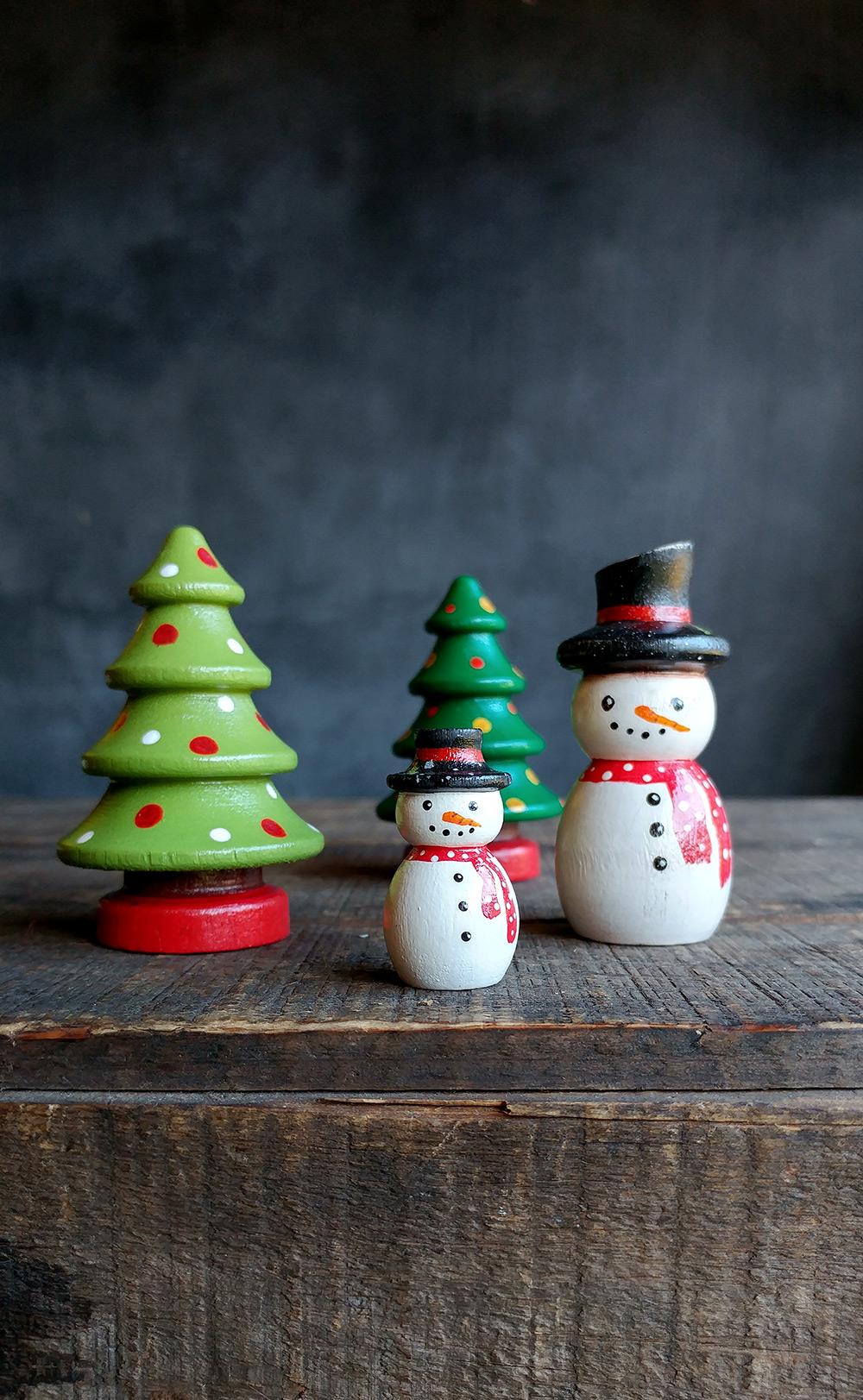 Christmas Figurines