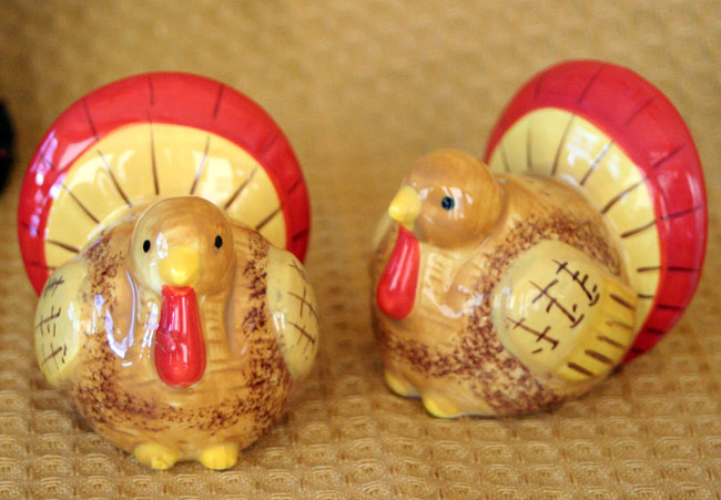 Turkey Salt & Pepper Shaker Set, by Tag