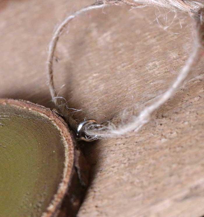 Hanger closeup