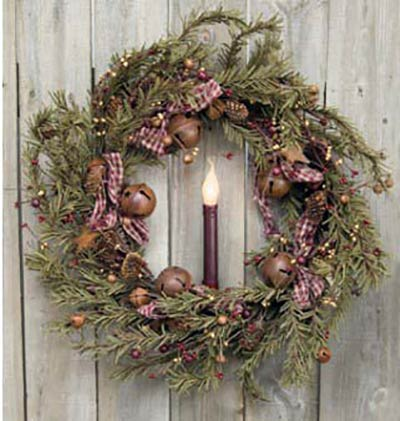 Primitive Holiday Pine 22 inch Wreath
