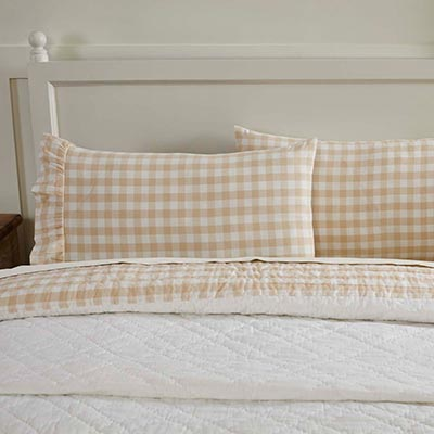 Annie Buffalo Tan Check Standard Pillow Cases (Set of 2)