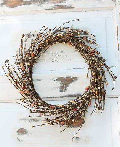 Tea Stain Mix Berry Wreath (16 inch)
