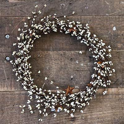 Cream Pip Berry & Rusty Star Wreath