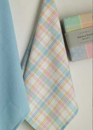 So Sweet Plaid Dishtowel