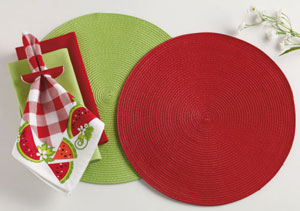 Berry Punch Braided Indoor/Outdoor Placemat