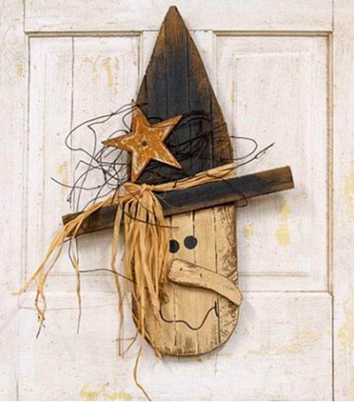 Lath Witch Head Wall Decor