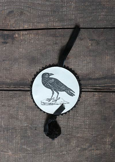 Halloween Disc Ornament - Crow