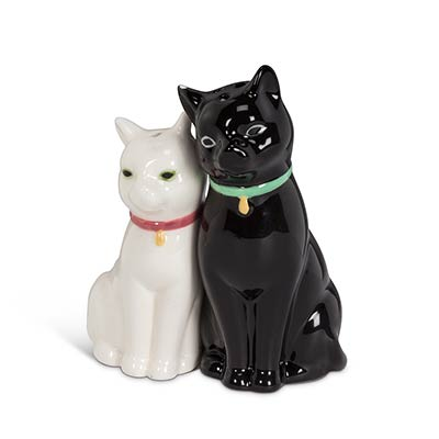 Cuddling Cat Salt & Pepper