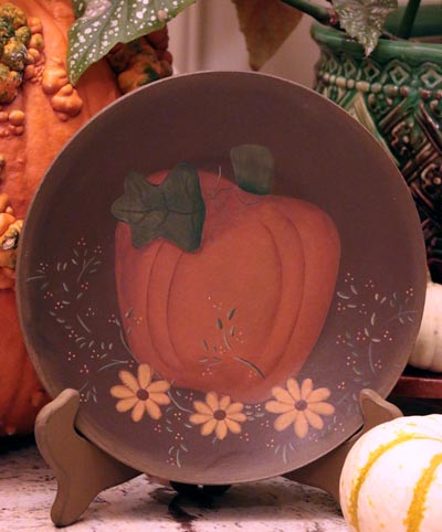 Pumpkin and Daisy Plate