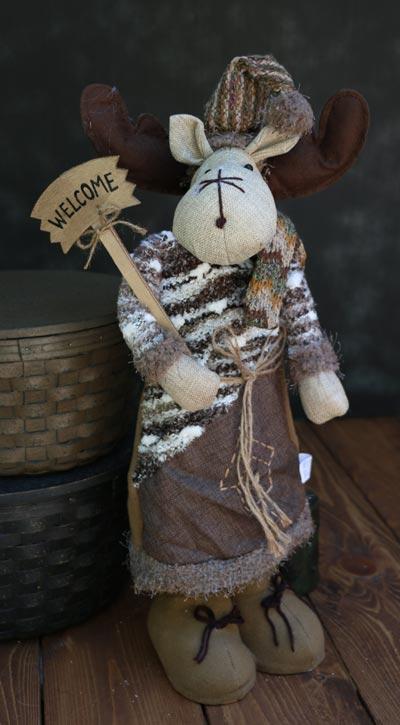 Moose Winter Fleece Stander