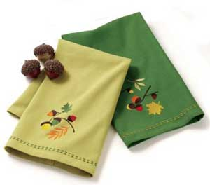 Acorn Embroidered Guest Towel