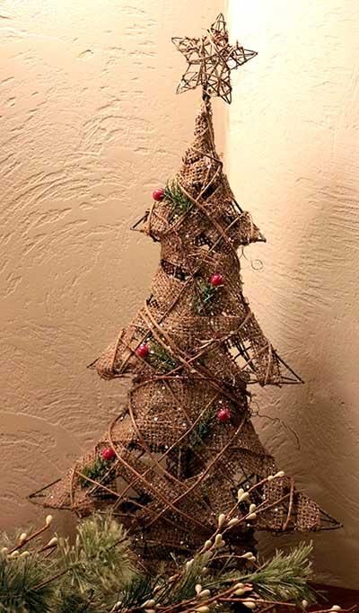 Rattan Tree with Star