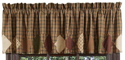Barrington Valance with Border