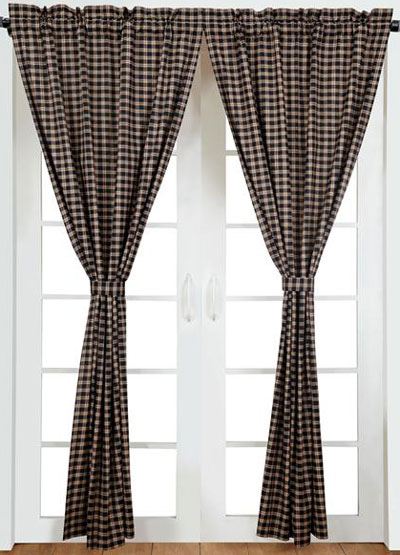 Bingham Star Panels in Plaid (Black, Red, and Tan)