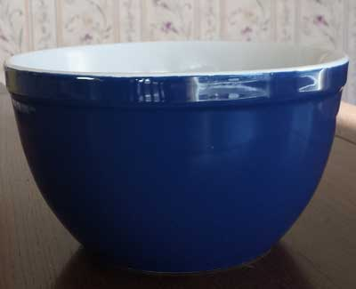 Cobalt Blue Mixing Bowl - 7.5 inch