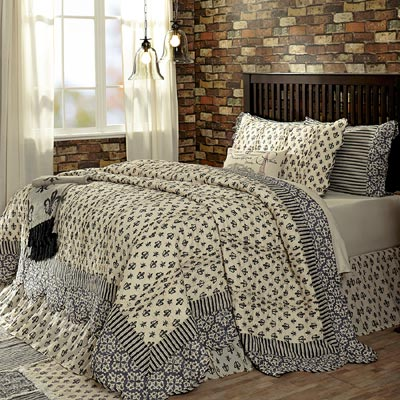 Elysee Quilt (Multiple Size Options)