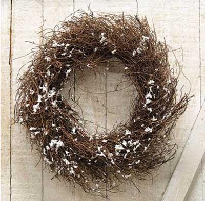 Angel Hair Vine Wreath with Snow - 10 inch