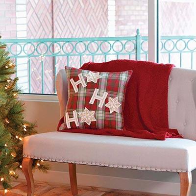 HO HO Holiday Pillow (18x18)
