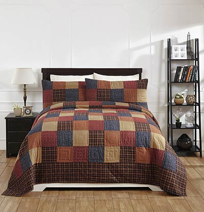Old Glory Quilt (Queen Size)