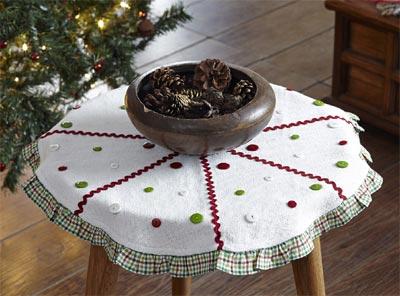 Whimsical Christmas Tree Skirt - Mini (21 inch)