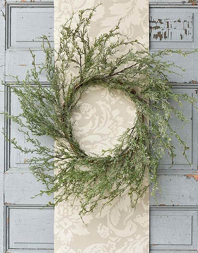 Ice Glazed Cedar 24 inch Wreath