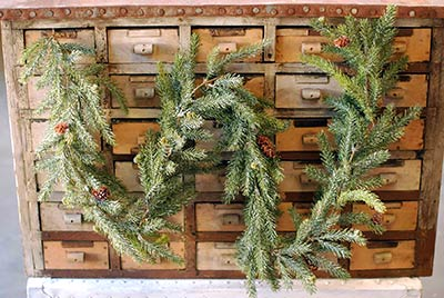 Frosted Spruce 6 foot Garland